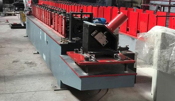 دستگاه-تولید-لاکینگ-کانال-گلخانه-ای
